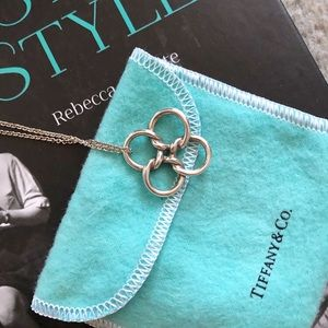 Tiffany & Co. Quadrifoglio necklace